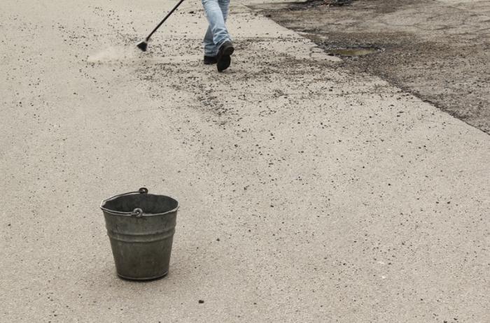 Krzysztof Kaczmar, Tramp of the speeding rooms, sweeping the street (zamiatanie ulicy)