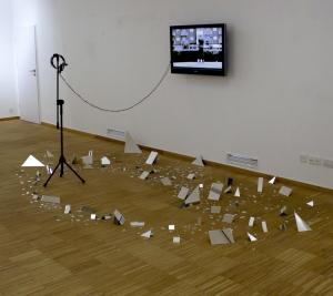 Instalacja w przestrzeni Instytutu Cervantesa
